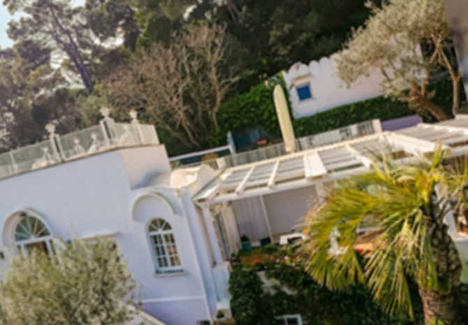 Christian de sica sells his villa of goats: what luxury! photos and videos